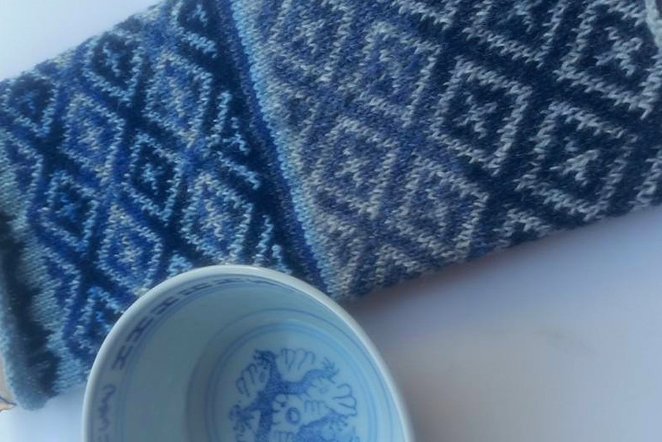 """""""I have a set of four white and blue bowls in the cupboard and every time I see the pattern around the rim it makes me think how suited it would be as a Fair Isle pattern"""" _ Bev, who has been swatching her beautiful ceramic bowl and who is now making mitts!"""
